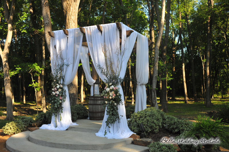 fabric wedding altar - pipe & drape rentals - 7212