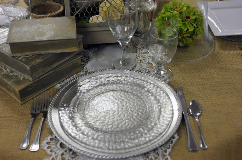 hammered glass plate