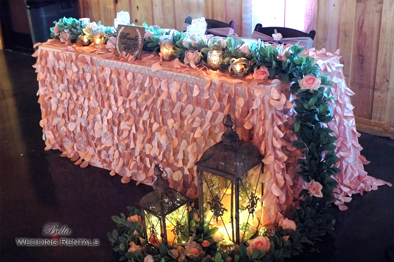 Sweatheart Table Design with eucalyptus garland