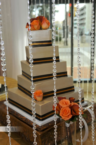 wedding cake table - wedding day - 2007