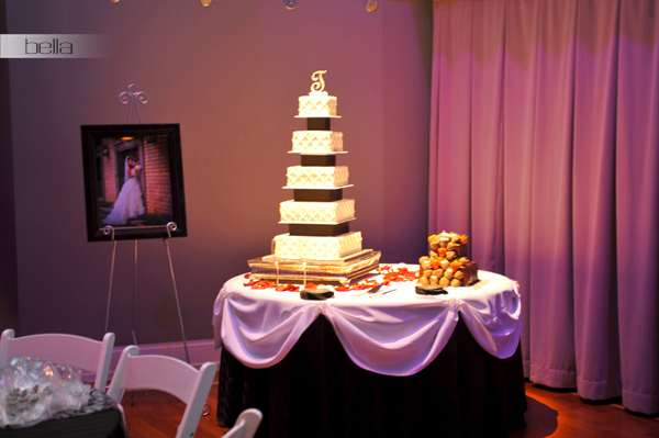 wedding cake table - wedding day - 2011