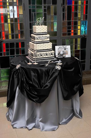 wedding cake table - wedding day - 2012