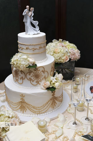 wedding cake table - wedding day - 2030