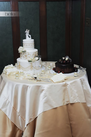 wedding cake table - wedding day - 2031
