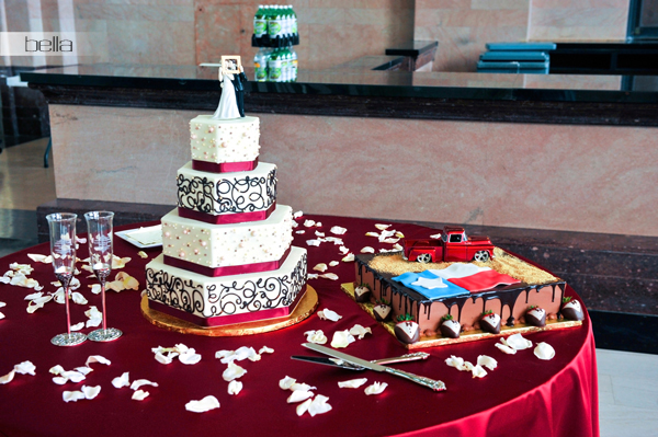 wedding cake table - wedding day - 2052