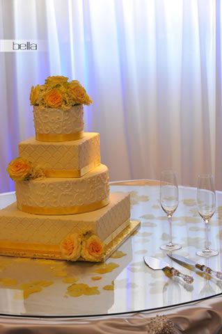wedding cake table - wedding day - 2060