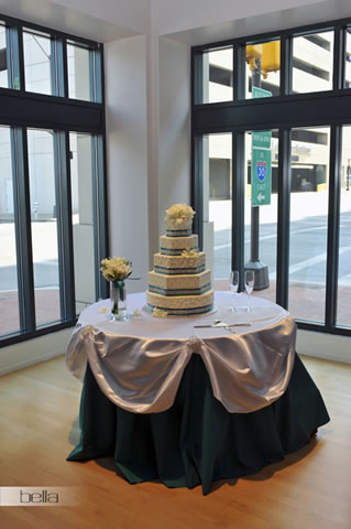 wedding cake table - wedding day - 2063