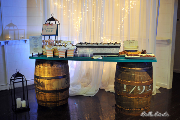 wedding cake table - wedding day - 2092