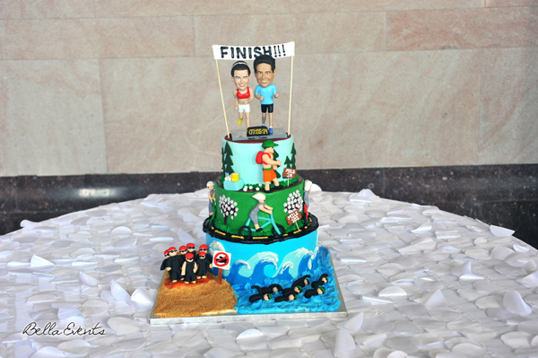 wedding cake table - wedding day - 2097