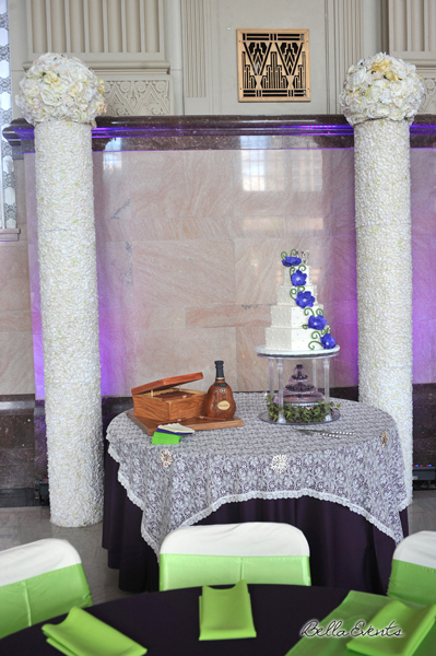 wedding cake table - wedding day - 2099