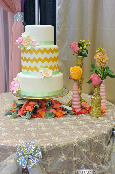 wedding cake table - wedding day - 2111