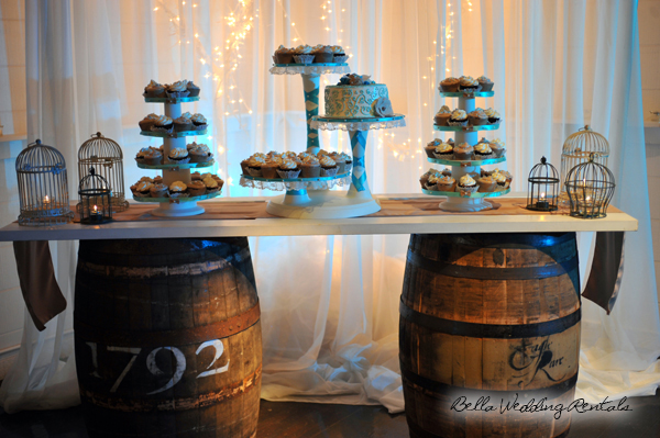 whiskey_barrel_cake_stand-1
