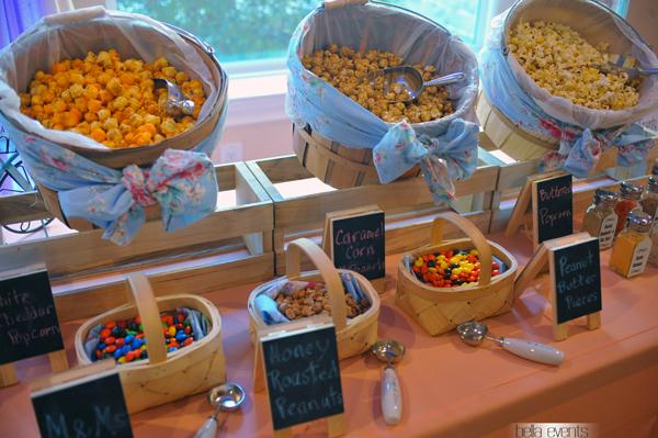 Popcorn station popcorn bar wedding reception popcorn for Table snack bar cuisine